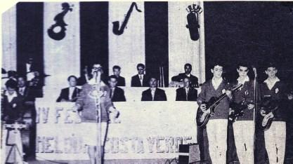 13-Actuación en Festival Costa Verde