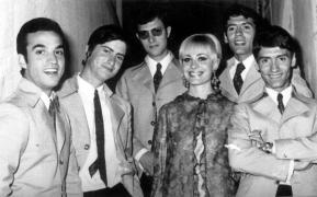 30- Fernando se incorpora como organista. AÑO 1966